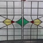 Raamhanger afm 322x573mm alleen per 2 stuks, met blank en rood en geel en groen glas