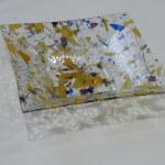 Glazen schaal, met wit glas blauw en geel 280x280x60mm