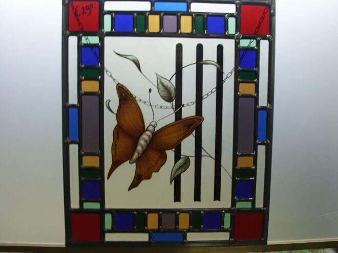 vlinder glas in lood raamhanger leenders glas in lood