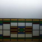 Raamhanger met vele kleuren glas in lood, 832 x 318 mm